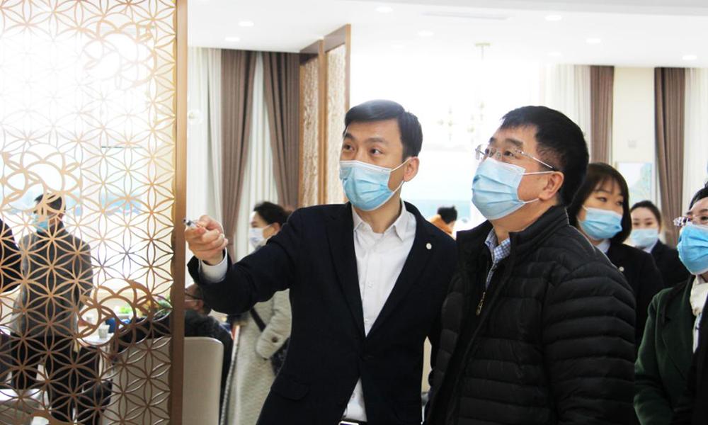 国家民政部领导率考察团一行莅临辽宁观陵山视察并指导工作